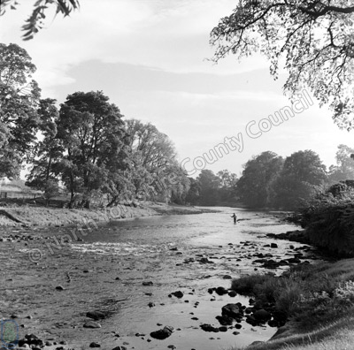 Fishing, River Wharfe, Bolton Abbey